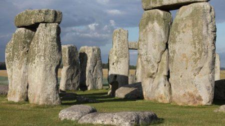 Detalle de los trilitos del círculo de piedras de Stonehenge