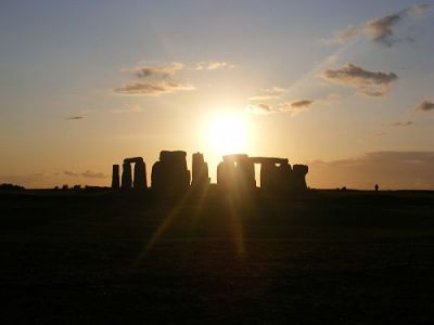 Solsticio de verano en el círculo de piedras de Stonehenge